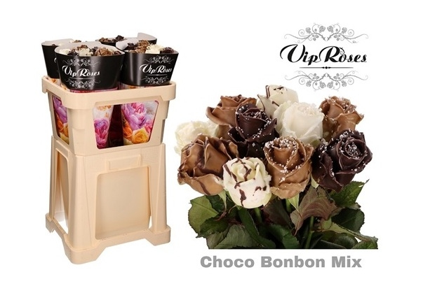 Bouquet of 10 long waxed Roses big heads Choco Bonbon Mix