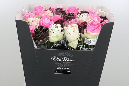 Bouquet of 10 long waxed Roses with big heads Chocodream mix